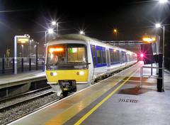 165033 (R~P~M) Tags: uk greatbritain england night train diesel unitedkingdom railway turbo oxfordshire oxon 165 dmu chilternrailways multipleunit dbarriva oxfordparkway