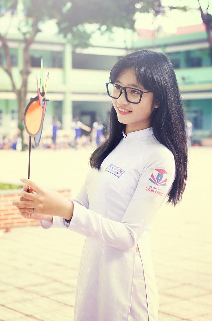 Speaking, asian teen school girls