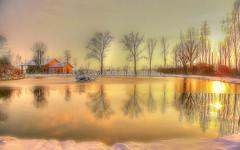 * Emozioni invernali * (argia world 1) Tags: modena laghetto inverno tramonto riflessi ghiaccio neve allaperto countryside small lake winter sunset reflections ice snow open air campagna laghettodellequattrostagioni