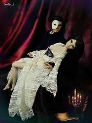 Phantom of the opera (Lapochka_G) Tags: dollphotos dolls integritytoys nuface lilith lilithnuface lilithblair colorinfusion tonymanero ollielawson romainperrin musical theatre opera phantom phantomoftheopera acting scene mask lapochkagdollfashion