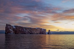 Colorful morning (Danny VB) Tags: sunrise percé rocherpercé gaspesie quebec canada ocean atlantic winter leverdesoleil reflection reflet rock snow neige cold froid soleil sun ef50mmf18ii canonef50mmf18ii canon eos 6d dannyboy sky cloud sea ciel nuages