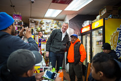 New York City Mayor Bill de Blasio visits Staten Island and grabs lunch with Borough President James Oddo during a snowstorm on Tuesday, March 14th, 2017. Edwin J. Torres/Mayoral Photo Office. (nycmayorsoffice) Tags: snowstorm snowcommunitypatrol snow patrol oem community neighborhoods nyc bronx queens manhatten statenisland lunch dsny plow sanitation salt