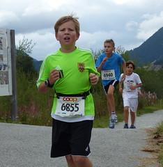 FCT 2 (Cavabienmerci) Tags: boy sports boys sport youth race children schweiz switzerland  child suisse running run runners pied runner engadin engadine lufer lauf 2015 graubnden grisons samedan coureur engadiner sommerlauf coureurs engiadina