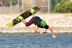 CFR7669 (Carlos F1) Tags: nikon d300 300mm castelldefels canal olimpic ocp cable park wakeboard fise wakeskate kneeboard jump salto tabla agua water sport deporte transport transporte board rio river channel extreme xtreme boardsports barcelona spain surf surfing wakeboarding kneeboarding motion fun outdoors competition action adventure leisure recreation wakesport