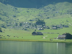 2015.08.30 ¦ 13.01.36 ¦ 2015.08.29-01 ¦ Wandertour Mit Mutter - Wasserauen - Seealpsee  - Schwende AI (d/f) Tags: schweiz switzerland see berge alp wandern appenzell seealpsee seealp säntisregion schwendeai