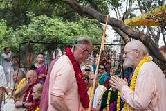 IMG_5485 (iskconmonk) Tags: festival prabhupada swami kartik prabhu brahmananda vrindavan iskcon swamiji sanyasi goshala iskconvrindavan
