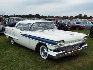 1958 Oldsmobile Eighty Eight Rocket Saloon