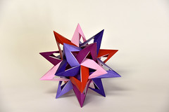 Woven Seventh Stellation of the Icosahedron: 5-Fold Axis (Daniel Kwan) Tags: paper design origami lock daniel seven modular woven stellated weave paperfolding icosahedron assembly unit kwan danielkwan