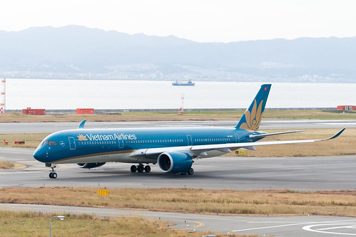 Vietnam Airlines VN-A887