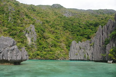 Tour B & D Combo, El Nido, Palawan, Philippines (ARNAUD_Z_VOYAGE) Tags: islands island philippines landscape boat sea southeast asia city people amazing asian street action jeepney tricycle architecture tourist capital town municipality filipino filipina colors building province village altitude mountain mountains panay trycicle beach beaches white sand el nido palawan turquoise nature coral reefs limestone cliffs bacuit archipelago most beautiful world puerto princesa