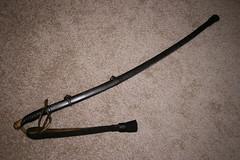 Anglų lietuvių žodynas. Žodis sword-knot reiškia n kardo/špagos dirželis su spurgu lietuviškai.