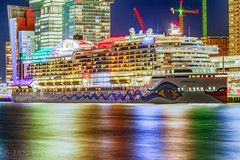 AIDAprima in Rotterdam (Jan Beima) Tags: cruise rotterdam colors 7dmkii cruiseterminal aidaprima kopvanzuid ship