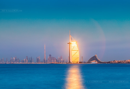_MG_8881_web - Burj al Arab reflecting sunset