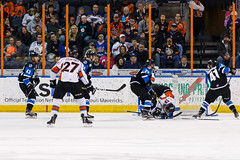 "Missouri Mavericks vs. Wichita Thunder, January 7, 2017, Silverstein Eye Centers Arena, Independence, Missouri.  Photo: John Howe / Howe Creative Photography • <a style=""font-size:0.8em;"" href=""http://www.flickr.com/photos/134016632@N02/32129252741/"" target=""_blank"">View on Flickr</a>"