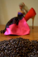 DSC_5176_v1 (Pascal Rey Photographies) Tags: toys jouets café digikam digikamusers linux opensource freesoftware ubuntu france fra poupées peluches dolls kaffee kawa kahua caffe coffee