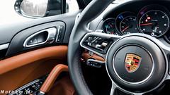Porsche Cayenne Diesel vs Porsche 911 Turbo S 991_2-1340528