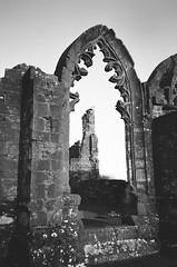 Lincluden I (bigalid) Tags: film 35mm ricoh ff9s dumfries december 2016 fujifilm neopan400cn c41 bw lincluden abbey ruin