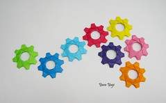 A little of color (Yara Yagi) Tags: origami paper papel gear engrenagem engranaje