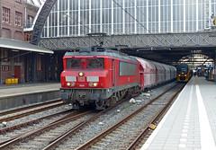 DBS 1604 met kalktrein te Amsterdam CS (Allard Bezoen) Tags: station amsterdam train db 1600 cs loc bb kalk trein centraal dbs schenker 1604 eloc alsthom kalktrein