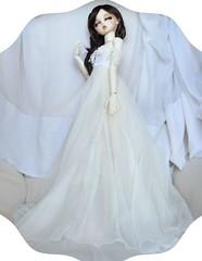 The Dress (Purple  Enma) Tags: white girl lady ball doll dolls dress skin sweet dream super sd una bjd resin elegant dollfie volks dame swd yume jointed tenshi volksdoll