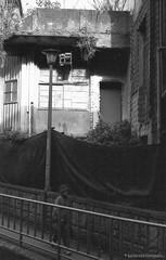 F20150222_CV-Bessaflex(Chrome)+AGFA-Retro400S_N_008-Y48 (Leche con Compasio) Tags: blackandwhite bw film monochrome rollei analog outdoor iso400 snapshot n taiwan streetphotography nb negative chrome m42 ddr sw  agfa  cosinavoigtlander    2015 czj  filteryellow blackwhitephotos carlzeissjenna pancolar50mmf18 shijih voigtlanderbessaflex  y482  newtaipeicity agfaretro400s bwfp documentingviewsinanalley pancolarelectric1850mc