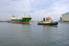Ekarma (larry_antwerp) Tags: haven port ship belgium vessel antwerp tug 92 91 sleepboot schip ekarma femco 9630016 volcanoshipping femcowest