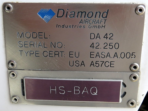 HS-BAQ-08 Diamond DA42MPP Hua Hin 14Oct15 (Jean Marc Braun)