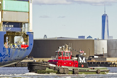r_151123202_skelsisl_a (Mitch Waxman) Tags: newyorkcity newyork ship cargo tugboat statenisland moran newyorkharbor killvankull johnskelson