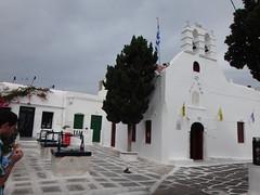 Plaza de los tres pozos e iglesia de San Jorge. Chora. Isla de Mikonos. Grecia (escandio) Tags: grecia chora mikonos 2015 cicladas islademikonos