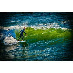 Looking for the green room (dvphoto9) Tags: huntingtonbeach surfer california summer fun