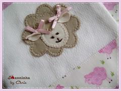 pano de boca (Joanninha by Chris) Tags: artesanato handmade feitoamão enxovalbebe babinhas panosdeboca patchwork patch bordado regurgitador