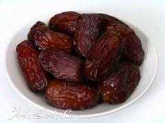 تعرفوا على الحكمه من تناول التمر عند الإفطار (Arab.Lady) Tags: تعرفوا على الحكمه من تناول التمر عند الإفطار