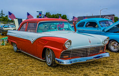1955 Ford--DSC02515--Port Orford, OR (Lance & Cromwell back from a Road Trip) Tags: 2016jubileecarshow 1955 ford carshow portorford jubilee 2016 currycounty oregon sony sonyalpha a77ii dt1650mmf28