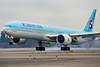 2016_12_31 KSEA stock-14 (jplphoto2) Tags: 777300 boeing777 hl8008 jdlmultimedia jeremydwyerlindgren ksea koreanair koreanair777 koreanair777300 sea seatac seattletacomainternationalairport airline airplane airport aviation 777 kal
