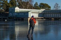 Dambadet (David Thyberg) Tags: 2017 baggensfjärden ice nature saltsjöbaden stockholm stockholmarchipelago sverige sweden winter långfärdsskridsko skate skating