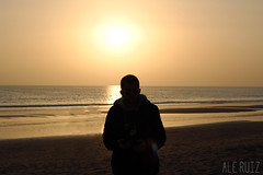 (alexrf96) Tags: alexrf96 aleruiz alejandroruiz alejandroruizfernándezdeangulo photo photograph foto fotografía canon canonista andalucía andalusia españa spain huelva punta umbría playa beach contraluz luz light sol sun mar sea agua water