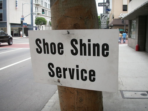 Shoe Shine Service
