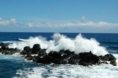 DSC_1245 (Neil Kronberg) Tags: ocean sunset vacation beach nature hawaii scenery waves pacific 2006 maui nikond50 hana jungle napili napilishores
