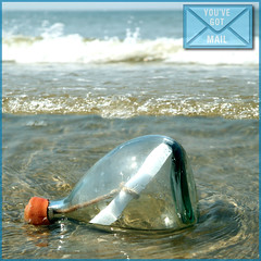 MESSAGE IN A BOTTLE (ESOX LUCIUS) Tags: holland beach taco maasvlakte messageinabottle youvegotmail macosxaquainterface