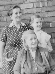 Freda, Elsie, Catherine Ainscough