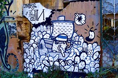 Dreyk & Norjin (server pics) Tags: street art wall graffiti calle arte kunst athens via greece grecia psiri atenas writers writer rua strase grce  pintura  grafite athen griekenland  athnes   atene         athensstreetart         artedelacalledeatenas serverpics