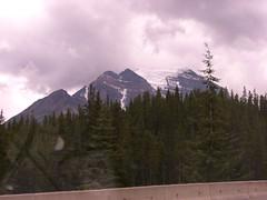 CIMG4668 (Peter Chow) Tags: canada alberta banff canadianrockies lakemoraine