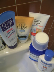 Facial Cleansing Supplies
