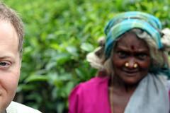 a poorly focused hint for the next batch (jeevs) Tags: lawrence tea srilanka nuwaraeliya teapicker pickingtea