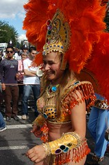 (Fauldsb) Tags: costume feathers dancer parade laughter nottinghillcarnival plumes headdress tassles bejewelled