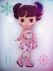 Cherie in the snow❄️ showing her lovely Italian DooDooCorner alpaca sweater. 💖Just a slight hint of winter sun today and the snow is frozen solid. Brrrr Advent 6. Skirt Painterslife. Boots BFA sundries sale.