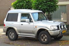 1999 Galloper 2.5 TCI Exceed High Roof Van (rvandermaar) Tags: roof high 1999 25 van hyundai tci galloper exceed hyundaigalloper grijskenteken sidecode6 89vhnr
