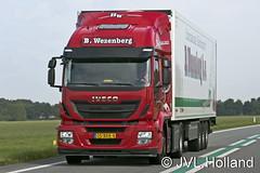 Iveco AT440  'B. Wezenberg' 150822-0053-c4  JVL.Holland (JVL.Holland John & Vera) Tags: holland netherlands truck canon europe transport nederland groningen vervoer jvlholland bwezenberg ivecoat440