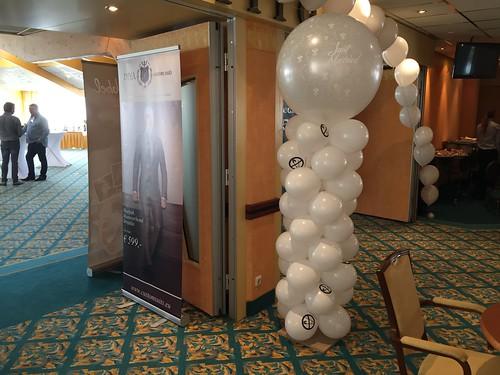 Ballonpilaar Breed Rond Bedrukte Ballonnen Carlton Oasis Hotel Spijkenisse