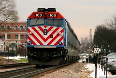 Metra's First F40 (Jeff Carlson_82) Tags: railroad snow chicago station train illinois railway il depot 100 metra railfan itasca f40 emd f40ph metx milwaukeewest